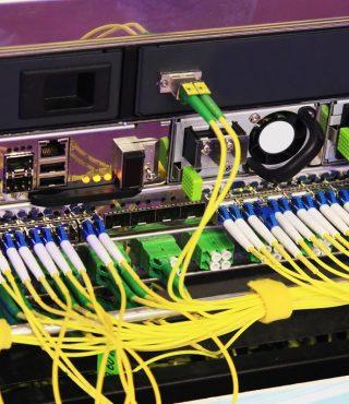 electronic-equipment-connectors-XRKELC3-1024x683