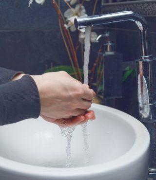 hygiene-cleaning-hands-washing-hands-PLMQ3WC-1024x683