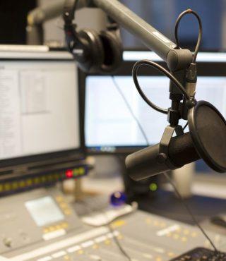microphone-modern-radio-station-broadcasting-PVQFREZ-1024x683