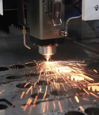 the-hi-precision-sheet-cutting-process-by-laser-9QBMF2A